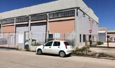 commerciale-capannone-zona-auchan-modugno-bari-italia-vendita